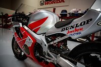 New Project-honda-cbr600-motorcycle-9882-014.jpg